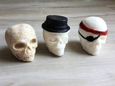 BATH SKULL BOMB - 3 PaCK - Custom color, fragrance, tags - Steampunk, Voodoo, Party Favor, Gift Idea, Gothic, Punk, Rock, Witchcraft, Pirate