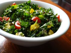 Quinoa & Kale Chopped Salad - curly organic kale stems, cooked organic quinoa, cucumber, tomatoes, avocado, parsley, lemon juice, olive oil - Strict Candida Diet
