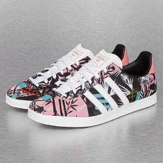 https://cdn.def-shop.com/original/adidas-sneaker-weiss-243257.jpg
