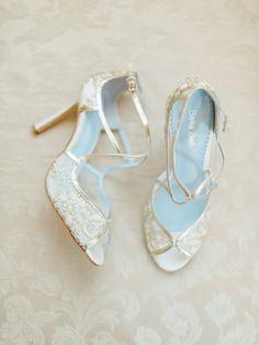 Die 223 Besten Bilder Von Brautschuhe Bride Shoes Flats Bridle