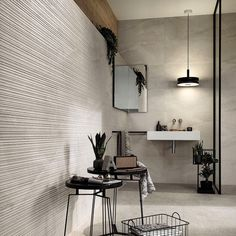 The expressive strength of the stone comes to life in Klif, the collection of porcelain floor tiles and matching wall tiles inspired by the decisive elegance of beola stone from Val d'Ossola reinterpreted in a contemporary key. Bath Design, Scandinavian Style, Wall Tiles, Tile Floor, Wall Lights, Flooring, Contemporary, Elegant, Bathrooms
