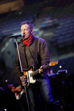 """nachtvogelfrei: """" brucespringsteenfuckyeah: """" By Jo Lopez """" He has reached a whole new level of sexiness. """" OMG that last one ahhhhhhh! are you fucking kiddin' me ??"""