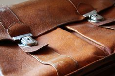 #original #briefcase for #gentlemen from #40s or #50s #leather #classic piece by #salonmody