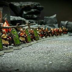 #tabletop #tabletopart #dwarves #zwerge #miniatures #miniaturespainting #herrderringe #gamesworkshoplotr #gamesworkshop #geländebau… Tabletop Rpg, Tabletop Games, Op Art, Maximilian, Game Resources, Gw, Middle Earth, Lord Of The Rings, Tolkien