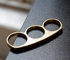 Daze 3 Finger Knuckle Ring