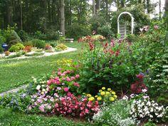 Tour Nancy's Award-Winning Garden   Fine Gardening