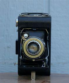 Vintage Kodak Vigilant 620 folding camera  by CanemahStudios, $25.00