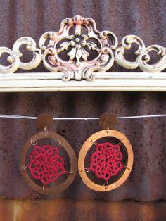 Aros de cobre con frivolité por LULOMAR en Etsy, $35.00