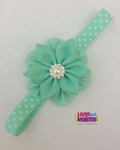 Discover thousands of images about Headbands Baby Hair Bows, Baby Headbands, Ribbon Art, Ribbon Bows, Felt Flowers, Fabric Flowers, Diy Hair Accessories, Fabric Jewelry, How To Make Bows