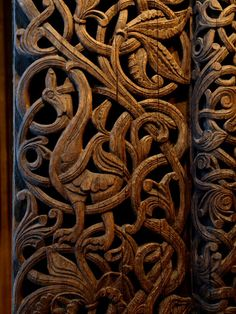 Viking Wooden Art / Nordic Museum of Oslo  Must become super besties with an amazing wood carving artist!