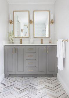 Inspiring Small Farmhouse Bathroom Design Ideas 17