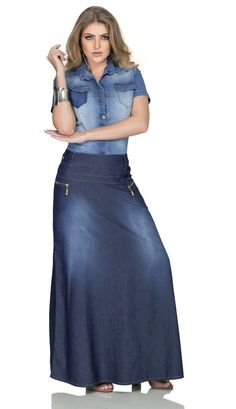 - Saia Jeans Longa - Row-an Denim On Denim, Denim Skirt, Dark Denim, Denim Fashion, Skirt Fashion, Fashion Outfits, Beautiful Long Dresses, Beautiful Outfits, Jean Skirt Outfits