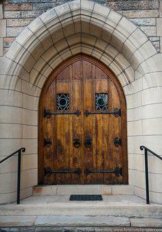Церковные двери в Питтсбурге / Pittsburgh сhurch doors