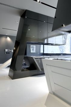 Modern Kitchen Interior Slick and futuristic kitchen … - Completed in 2010 in . Images by Luis H. The architecture studio A-cero presents one of its last works about a big single-family house. It takes place in the outskirts of Madrid on a Modern Kitchen Design, Modern Interior Design, Interior Design Kitchen, Interior Architecture, Interior Decorating, Modern Kitchens, Interior Ideas, Küchen Design, Layout Design