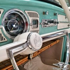 Wv Car, Carros Vw, Old American Cars, Dodge Charger Rt, Car Guide, Vw Vintage, Vw Beetles, Old Cars, Dream Cars