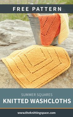 Summer Squares Knitted Washcloths [FREE Knitting Pattern] These gorgeous knitted washcloths will surely add a zest to anyone's bathroom. Make a set of these for a thoughtful housewarming gift or add a couple to complete a lovely gift basket for your house Knitted Dishcloth Patterns Free, Knitted Washcloths, Knitting Patterns Free, Crochet Patterns, Knitting Ideas, Knitting Tutorials, Lace Patterns, Stitch Patterns, Easy Knitting