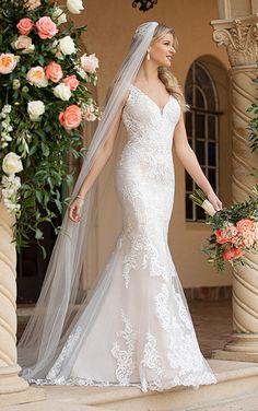 Sheath Wedding Gown, Lace Mermaid Wedding Dress, Dream Wedding Dresses, Designer Wedding Dresses, Wedding Gowns, Wedding Blog, Stella York Bridal, Romantic Lace, Dress Out
