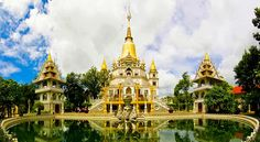 What is outstanding in Buu Long Pagoda in Ho Chi Minh City? Ho Chi Minh City, Beautiful Architecture, Barcelona Cathedral, Taj Mahal, Scenery, Tower, World, Building, Places