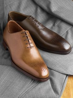The Weymouth Oxford available in antique tan and dark brown
