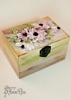 Wooden jewelry box – Handmade with Dolce Tridico Decoupage – Vintage stile