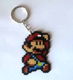 Mario Keyring (Brooch, magnets, Big sprites...) from Super Mario Bros saga/Llavero Mario (imanes, broches, Big sprites... ) 3,95€ https://www.etsy.com/es/listing/169081382/sprites-super-mario-bros-llaveros-imanes #videogames #videojuegos #gamer #freak #geek #friki #nintendo