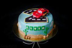 Blixten mcqueen cake blixten tårta bilar tårta cars cake sockerlinn.se ⭐