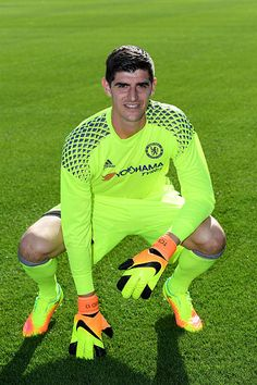 Thibaut Courtois of Chelsea during the Chelsea Official Team Group at the Cobham Training Ground on September 13 2016 in Cobham England Thibaut Courtois, Fc Chelsea, Chelsea Football, Hot Rugby Players, Football Players, Chelsea Fc Players, Eden Hazard, Football Wallpaper, Goalkeeper