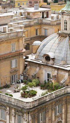 Rooftop garden in Rome...