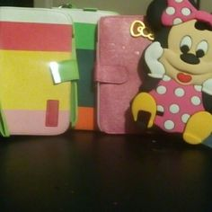 Galaxy note 3 celluar 📱📱📱💳credit card id cases Galaxy note 3 cell Case's Minnie mouse, Hello Kitty and  2. Striped cases $2 each are $8  for ?ll Hello Kitty ,Minnie mouse Accessories