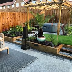 Great Tips For Landscaping Around A Hot Tub – Pool Landscape Ideas Hot Tub Pergola, Hot Tub Deck, Hot Tub Backyard, Jacuzzi Outdoor, Hot Tub Garden, Diy Garden, Backyard Patio Designs, Backyard Landscaping, Garden Decking Ideas