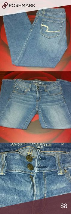 Designer blue jeans Nice Artist Crop stretch jeans with stitched design on pockets American Eagle Outfitters Jeans Ankle & Cropped