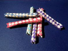 Chinese finger traps OMG! memories.....♥♥♥