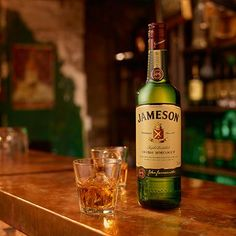 From Jameson to Bushmills to Tullamore Dew, you can drink some of the best Irish whiskey in the world without breaking the bank. Irish Cocktails, Whiskey Cocktails, Wine Drinks, Cocktail Drinks, Irish Whiskey Brands, Jameson Irish Whiskey, Good Rum, Good Whiskey, Jameson Drinks
