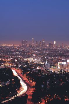 Los Angeles at night . Scenic Photography, Landscape Photography, Aerial Photography, Night Photography, Photography Tips, Yosemite National Park, National Parks, Los Angeles Wallpaper, Images Murales