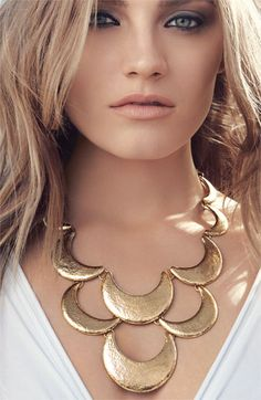 Nordstrom 'Tribal Metal' Scallop Statement Necklace
