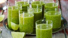 Meloni-vihersmoothie hunajameloni avokado salaatti