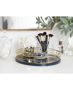 Shop Kate and Laurel Mendel Round Tray with Decorative Metal Rim - diameter - On Sale - Overstock - 23051630 Bathroom Counter Decor, Bathroom Tray, Bathroom Counter Organization, Countertop Decor, Bathroom Ideas, Zen Bathroom, Bathroom Inspo, Simple Bathroom, Master Bathroom