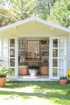Are you planing make some a backyard shed? Here we present it to you 50 Best Stunning Backyard Storage Shed Design and Decor Ideas. Backyard Storage Sheds, Backyard Sheds, Outdoor Sheds, Shed Storage, Outdoor Rooms, Garden Sheds, Outdoor Living, Outdoor Play, Storage Ideas