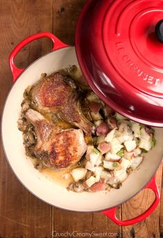 Braised Pork Chops with Lemon Garlic Red Potatoes - a special dinner for a special occasion. It takes only 40 minutes to make and it's full of flavor! Braiser Recipes, Pork Recipes, Cooking Recipes, Oven Recipes, Recipies, Pork Chops And Potatoes, Garlic Red Potatoes, Le Creuset, Dutch Oven Pork Chops