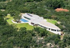 Elanora House: 21 Caladenia Close, Elanora NSW. From domain.com.au, April 2011.