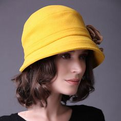 Large bow cloche hat for women winter outdoor warm bowler wool hats