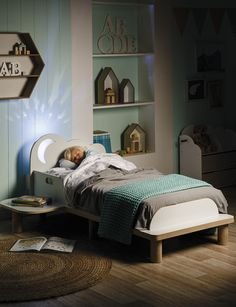 Star Bright Toddler Bed with Night Light product photo