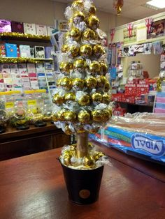 White Chocolate Christmas Lindt Tree £35 Chocolate Tree, Christmas Chocolate, White Chocolate, Sweet Trees, Diy Christmas Gifts, Sweets, Diy Gifts, Cake, Balls