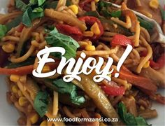 Siphokasi Mdlankomo started out as a domestic worker, but today she is a well-known cook with her own cooking show! Try her special stir fry recipe here. Cooking School, Cooking Classes, Baking Scones, Domestic Worker, Cooking Competition, Cook Off, Chicken Stir Fry, Stir Fry Recipes, Yum Yum Chicken