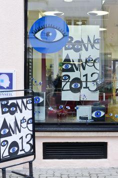 Agence 100% pour LUZ optique - Programme de Théâtralisation vitrines mensuel pour opticiens indépendants #opticien #optique #optic #vitrines #communication #design