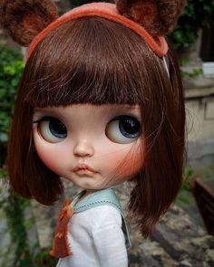 Chubby cheeks.. . . . . . . . . .#blythe #blythedoll #blythecustom #customblythe #tiinacustom #mformonkey #doll #instadol #fashio #beautiful #kawaii