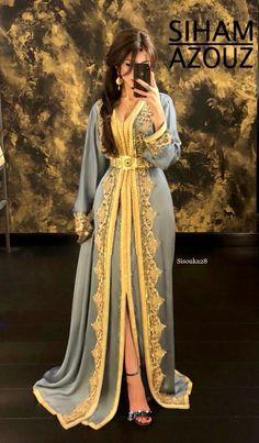 Siham Azouz - wedding and engagement photo Moroccan Kaftan Dress, Caftan Dress, Abaya Style, Arab Fashion, Muslim Fashion, Gothic Fashion, Habits Musulmans, Hijab Evening Dress, Hijab Dress