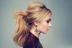Ponytail hairstyles add stylish look in your personality and give you some perfect styles for occasion.You must try simple and easy Ponytail hairstyles. Puffy Ponytail, Messy Ponytail, Ponytail Ideas, Perfect Ponytail, Messy Hair, Retro Ponytail, Voluminous Ponytail, Blonde Ponytail, Braid Hairstyles