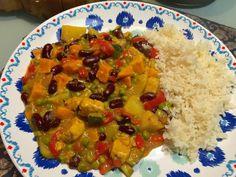 Curry van zoete aardappel en kidneybonen