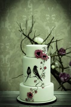 EDITOR'S CHOICE (12/5/2013) Romantic nature by Tânia Santos View details here: http://cakesdecor.com/cakes/100853